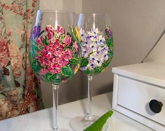 Hand Painted Wine glasses ,set of 2,Wedding present,Personolized gift,Anniversary gift,Wedding glasses,wine glasses