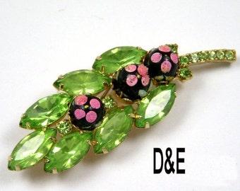 DandE Delizza and Elster Juliana Green Peridot  Pink Polka Dots Vintage Brooch