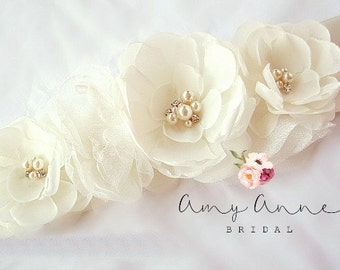 Ivory Wedding Sash, Ivory Bridal Sash, Ivory Wedding Belt,  Ivory Bridal Belt -Ivory Flowers