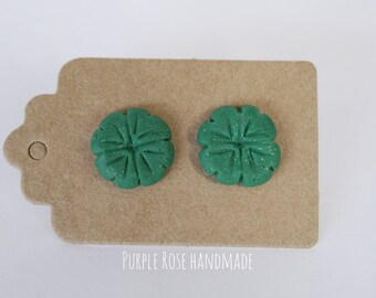 Four-leaf clover earrings in Fimo