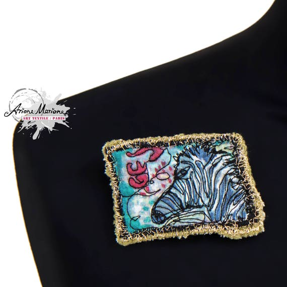 ZebraTextile Art Pin Awesome Closing for Vests and Cardigans