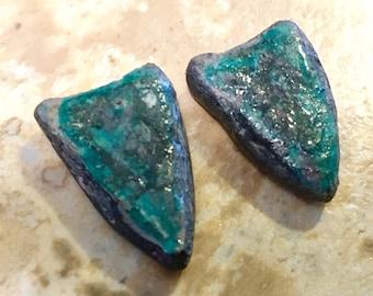Emerald green shields | Ceramic | tiny ceramic shields | ceramic charms | ceramic earring findings |  ceramic shield | celestial