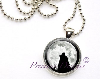 Howling Wolf in the Full Moon Pendant. Howling Wolf necklace. Wolf pendant.