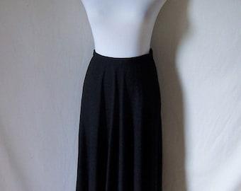 VALENTINO elegant black wool crepe long flowing skirt S