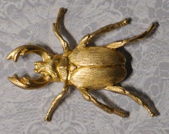 Hercules or Stag Beetle Insect with Large Mandibles / Horns Victorian Style 3-D Die Cast Gold Toned Raw Brass 33V