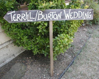 Rustic Wedding Sign / Rustic Personalized Wedding Sign / Country Wedding Decoration / Wedding Direction Sign / Rustic Wedding Decoration