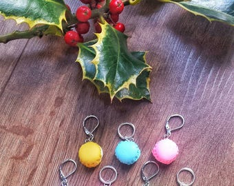 Macaron Stitch Markers// Dessert Progress Keepers// Polymer Clay Knitting Markers