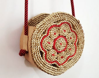 Summer bamboo basket small with tassel