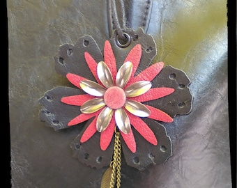 Jewels of bag, Fleur Rouge and black leather, flowers, pearls and metal charms, Keychain, accessory, car, Chic gift for her