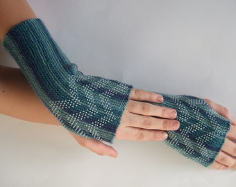 Beaded multicolor ( green, blue ) fingerless gloves, wrist warmers, fingerless mittens. Soft, thin and warm.Handmade.