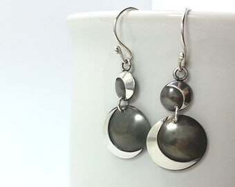 Unique Round Silver Earrings, Circle dangle earrings, Sterling Silver Earrings, Two tone earrings, Oxidized Silver