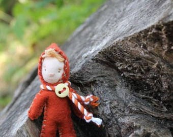 Felt Kits to make Tidbit Faeries, make dolls, pins or ornaments, Waldorf Doll-Pattern included!