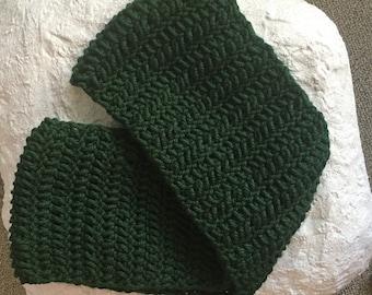 Chunky Infinity Scarf, Green Infinity Scarf, Green Loop Scarf, Hunter Green Scarf, Chunky Crochet Scarf, Green Women's Scarf,