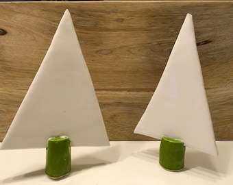 Green and white enameled Christmas tree
