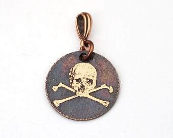 Small copper skull and crossbones pendant, round etched pirate jewelry, 22mm