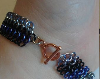 Hawkeye Inspired Chainmaille Bracelet