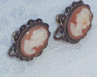 Vintage Cameo Screw Back Hand Carved Shell Cameo Earrings