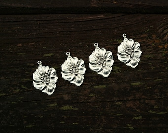 Antiqued Silver Flower Charms, Brass Findings, Silver Pendants, 4pcs