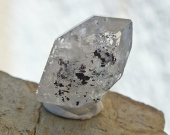 Herkimer Diamond Quartz Crystal, Double Terminated Point, Raw DT Rock Mineral Stone, Specimen From New York, USA 3.6g  23mm Burn Out (85-93)