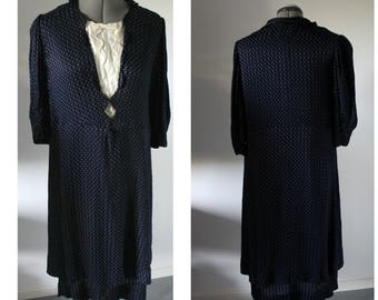 Vintage 1940s polkadot dress women, 1940s crepe dress, 1940s Dress, polkadot dress, 1940s, medium, Large, 40s,