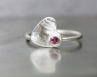 Cute Spinning Heart Ring Pink Tourmaline Silver Valentine's Day Gift for Her Romantic Love Modern Design Sweet Statement - Schwindelgefühl