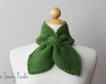 Knitted Neck Warmer Bow Scarflette Kelly Green