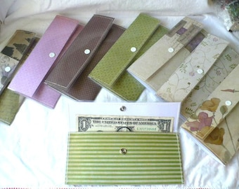 Cash Envelopes Wallet, Cash Envelope System, Purple and Green Dividers, Snap Closure, Hand Stitched Durable Easy To Clean Plastic Cover