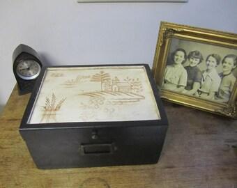 Fabulous Vintage Storage Box. Lovely artwork.