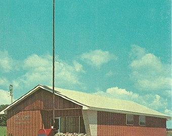 Vintage 1960s Postcard Ohio Williamsfield USPS Post Office Brick Architecture Building Snail Mail Photochrome Era Postally Unused