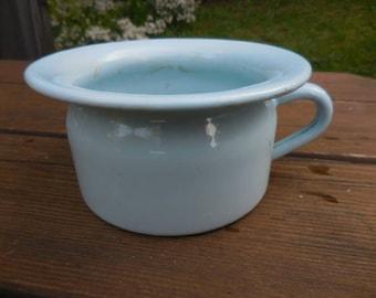 Vintage 1940s to 1950s Metal Light Blue Child/Kids Chamber Pot/Piss/Pee Pot Retro Enamel with Handle Bathroom Decor