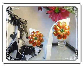 Poinsettia Clip-on Earrings - Vintage Red & Green  Flower   - E-837a-083013000