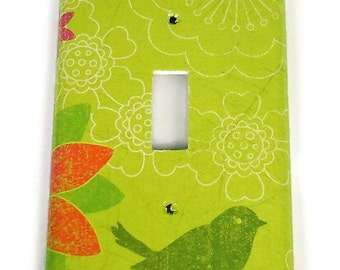 Light Switch Cover  Wall Decor Switch Plate Cover  in  Little Bird  (505S)