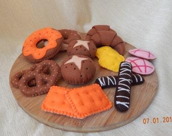 Embroidered bakery set. Felt bakery set. Felt pastry. Felt confectionery. Pretend bakery. Pretend play food.