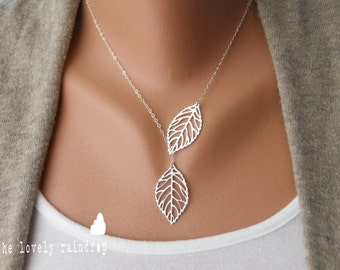 SALE - Leaf Lariat in silver - Silver Jewelry - Modern Dainty -  Gift For Valentines Day Necklace - Silver Jewelry - The Lovely Raindrop