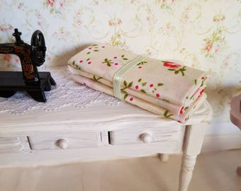 Dollhouse Miniature,sewing room miniature,miniatures for dollhouse, dollhouse miniatures,dollhouse fabric, dollhouse habedashery 12th scale