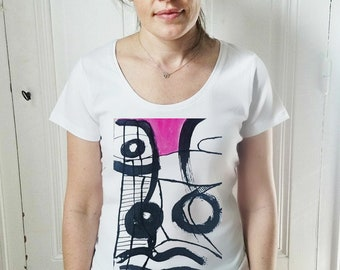 Touch of pink t-shirt