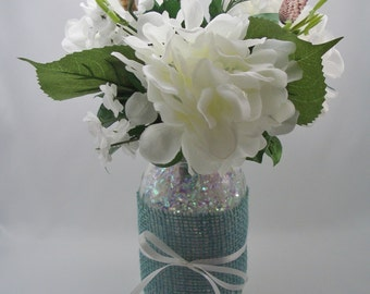 Wedding Table Centerpiece with Mason Jar, White Hydrangea Arrangement and Sea Shells, Rustic Nautical Reception Decoration
