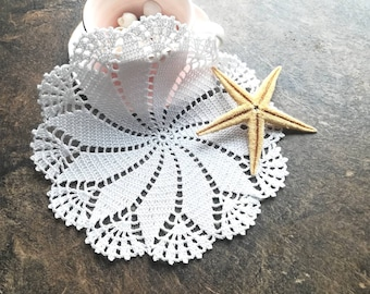 Small white doilies, Mom gift, crochet white cotton lace doilies, Shabby chic decor, Crochet small placemats, Crochet table topper