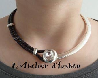 REEDITION - Collier soirée femme ras de cou moitié métal argenté et strass, moitié cuir serpent noir grisé