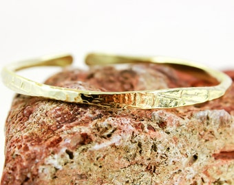 Gold Stacking Bracelet, Brass bangle, Lead and Nickel Free, Hammered, Textured, Brass Cuff, Gold cuff, Gold Bangle