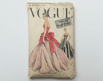 UNUSED RARE 1950s Vogue Special Design B34 Ball Gown / Evening Dress Sewing Pattern : Vogue S 4795