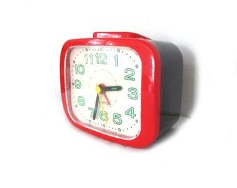 vintage alarm clock 1980s desk office bedroom black red glow in the dark