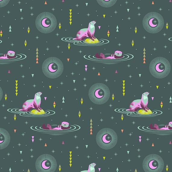 "FQ OTTER  CHILL Lunar Glow Spirit Animal PWTP102.Lunar Tula Pink Fat Quarter 18""x22"""