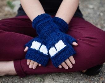 Doctor Who Knit Fingerless Mitts: TARDIS