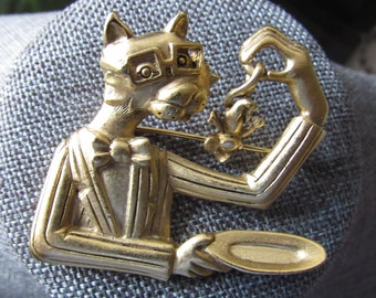 Amusing Gold Tone Brooch With A Cat Going To Enjoy His Meal By JJ