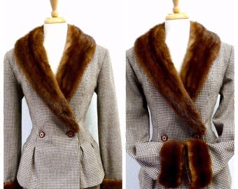 40s Wool Jacket Mink Fur Collar and Cuffs 1940s Fit and Flare Nipped Waist  Medium-Large