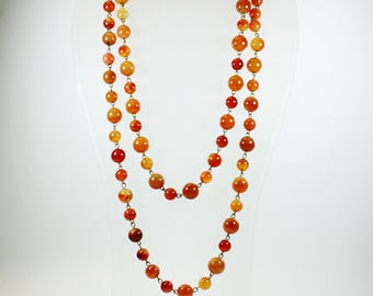 Mid Century Style (1933-1965) Brass Carnelian Patterned Beaded Necklace