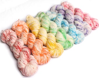 100g hand dyed yarn 'Speckled' in your choice of colours. Sock