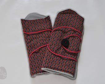 Fingerless gloves, wrist warmers blue, gray and pink pattern