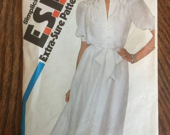 5823 Vintage Simplicity Misses' Pullover Dress and Sash Sewing Pattern  P315